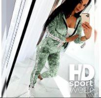 Женские костюмы Givenchy