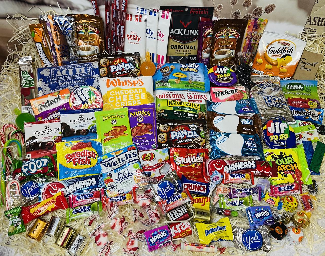 Шикарний набір солодощів Sweet Box з США та Японії