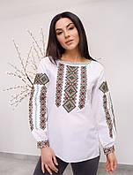 Красивая женская вышитая блуза с орнаментом