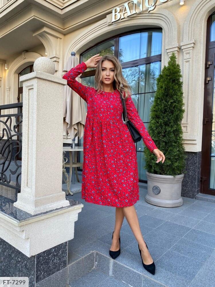 Классное повседневное платье до колена свободного фасона с принтом по колено Размер: 42-44, 46-48 арт. 226