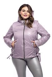 Стильна жіноча куртка демісезонна коротка розміри 50-60