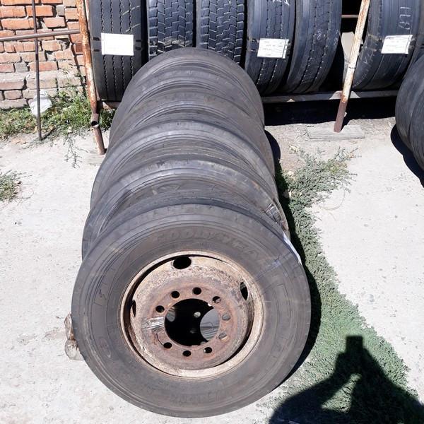 Почти Новые! Шины б.у. 235.75.r17.5 Goodyear Regional RHT2 Гудиер. Резина бу для грузовиков и автобусов