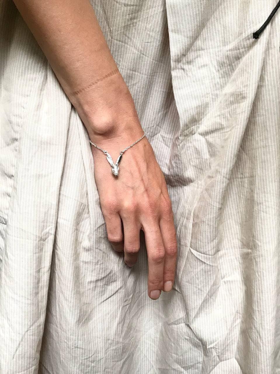 Срібний браслет з зайцем, 925 проба