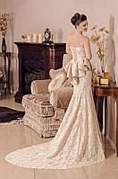Салон свадебной и вечерней моды FANTAZIA . Г.Якутск Ул. Орджоникидзе, 33.  телефоны:  89248698455, 89241677697