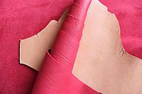 Кожа натуральная для производства галантерейных изделий из шкур КРС красная, толщина 1.1 мм, арт. СК 1112