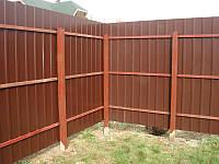 Забор из профнастила на металлических стойках