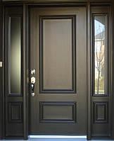 Входные деревянные двери в подъезд