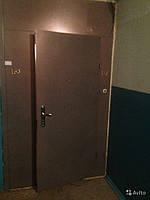 Железная тамрная дверь