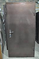 Тамрная дверь с установкой