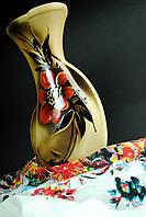 Красивая ваза с цветком