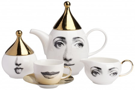 Чашки и сервизы