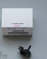 Датчик давления воздуха OE Mitsubishi