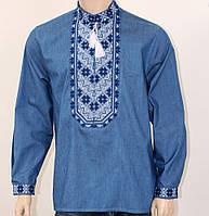 Очень красивая мужская вышиванка на джинсовой ткани