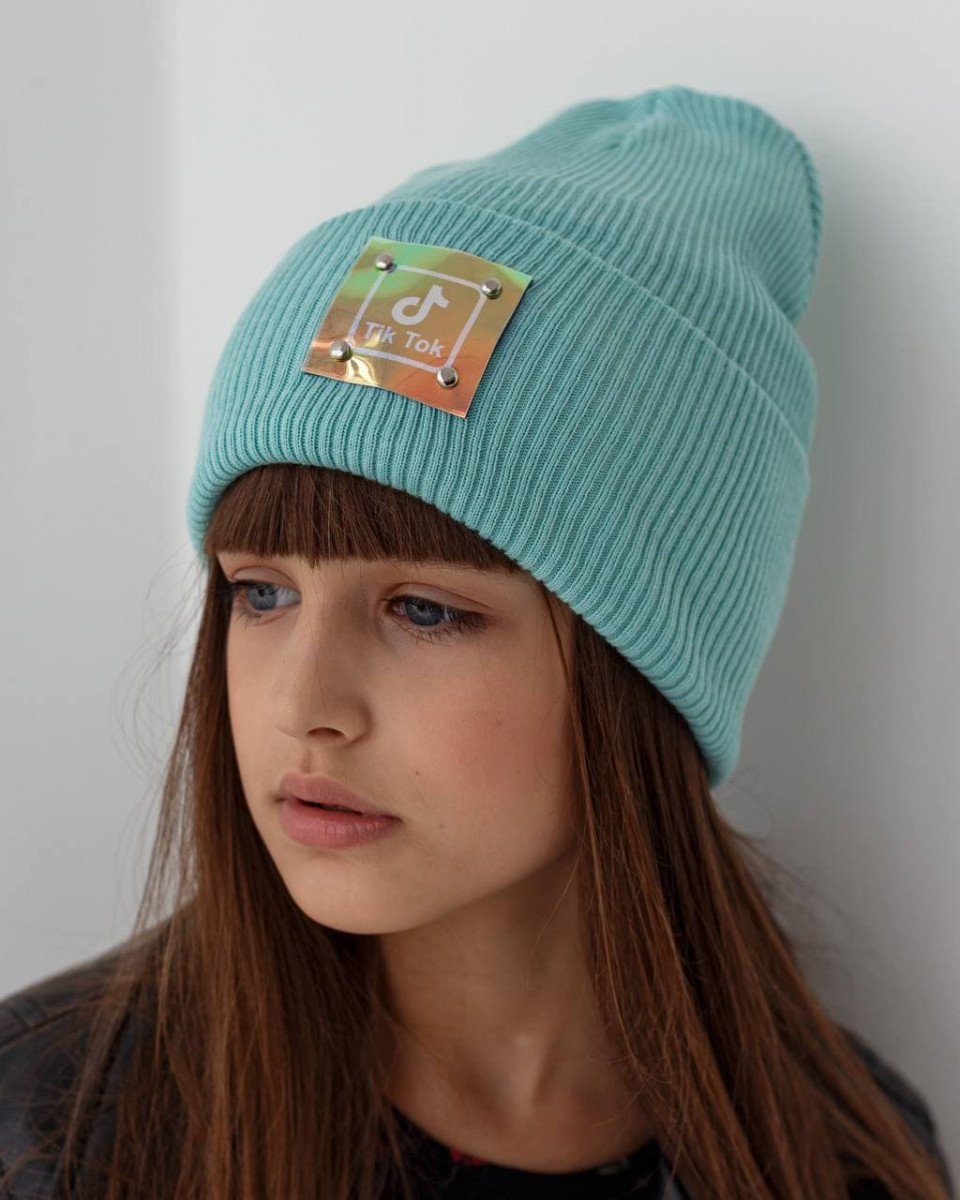 Стильна зимова шапка з відворотом для дівчинки - Артикул 2773