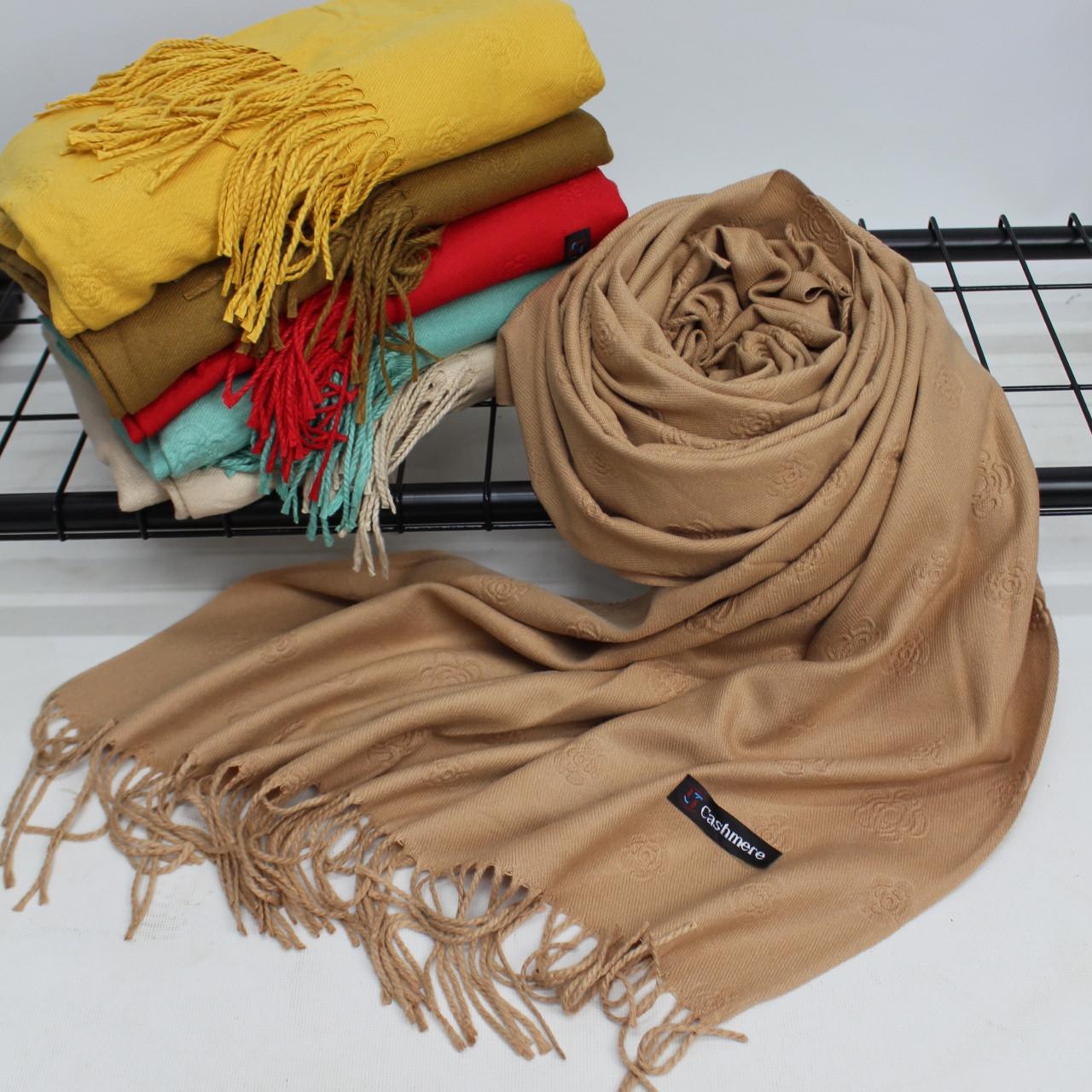 Кашеміровий однотонний карамельний шарф палантин Cashmere 104005