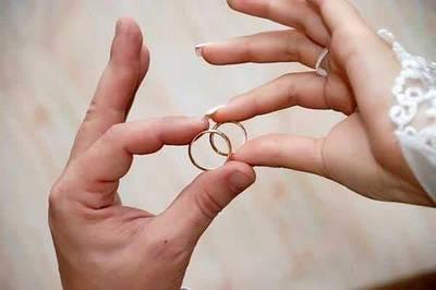 Золоті ВЕСІЛЬНІ помолвочные КІЛЬЦЯ ЗОЛОТО 585 проби