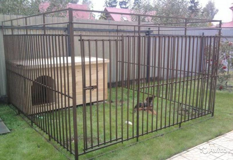 Металлические клетки для собак