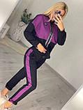 Жіночий спортивний костюм, прикрашений аплікаціями з каменів (Туреччина); Розмір:50-52;52-54;54-56;56-58, 3 кольори., фото 3