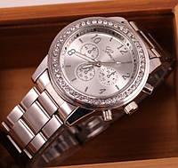 Роскошные женские часы GENEVA Женева Серебристые