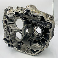 Передняя часть корпуса АКПП DQ250 02E DSG 6 02E301107R (Б.У.)