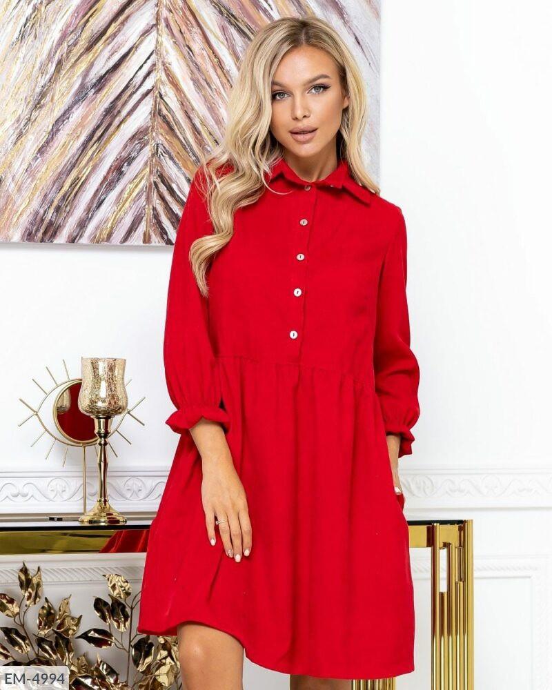 Вельветовое красное платье