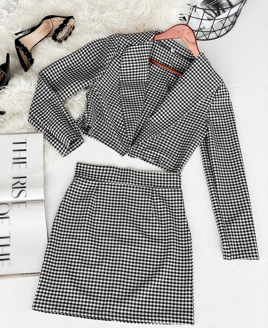 Костюм двойка юбка и укороченный пиджак