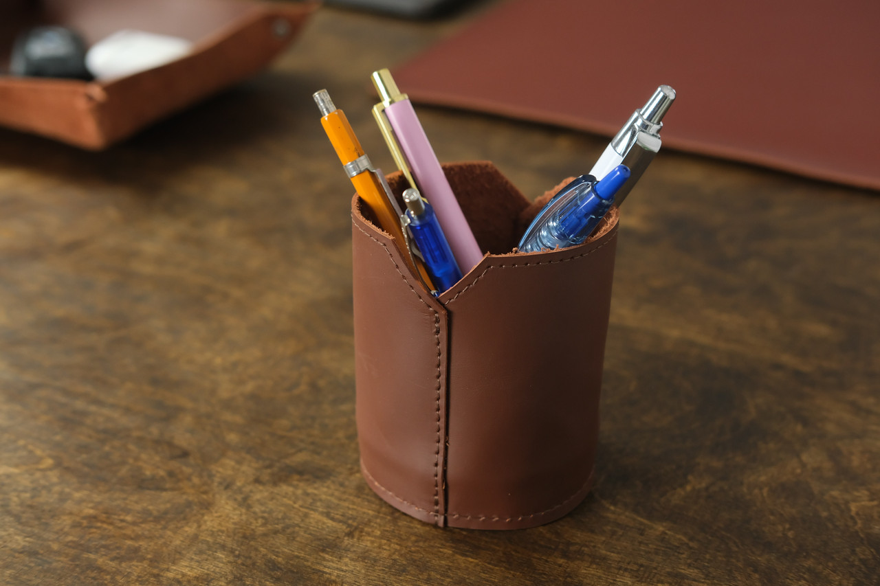 Кожаный стакан для ручек и карандашей, кожа Grand, цвет Виски