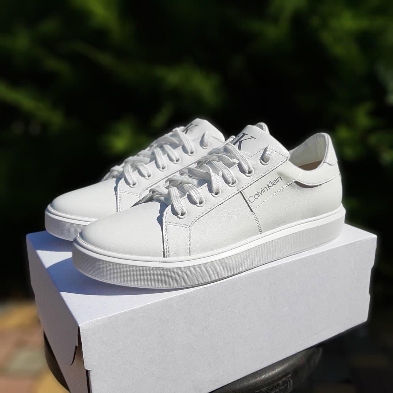 Женские кроссовки Calvin Klein (белые) О20215 спортивные кожаные кеды для девушек