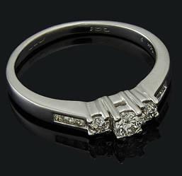 Золоте кільце з діамантами С46Л1№6