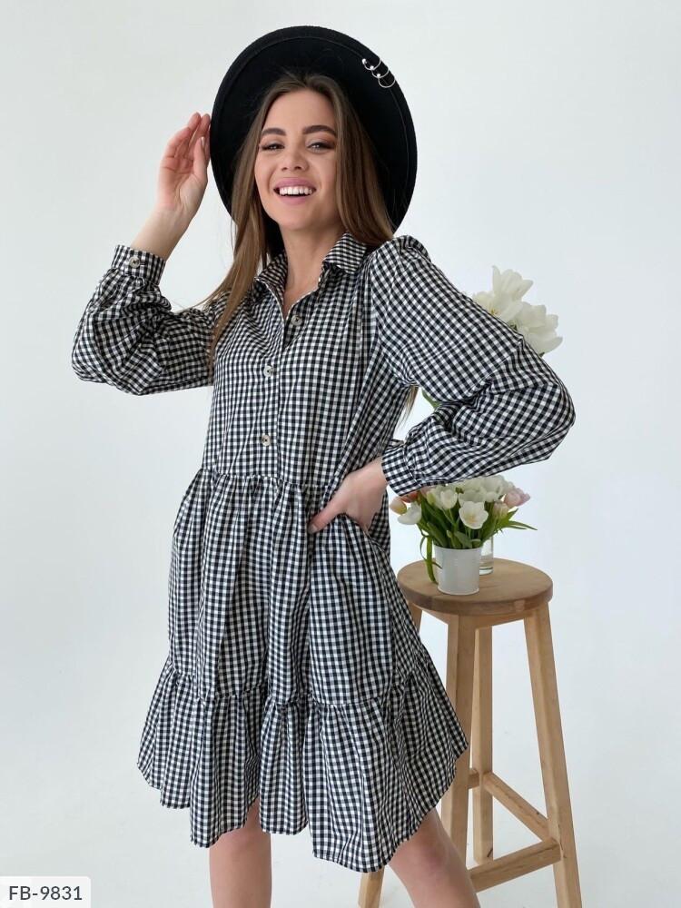 Модное коттоновое платье-рубашка короткое в клетку с воланами по низу юбки свободного покроя  арт. 701
