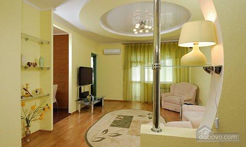 VIP апартаменты в элитном доме с эксклюзивным ремонтом и сервисом, 2х-комнатная (60633) - Dobovo в Киеве