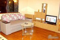 Квартира на Площади Независимости, 2х-комнатная (57352)