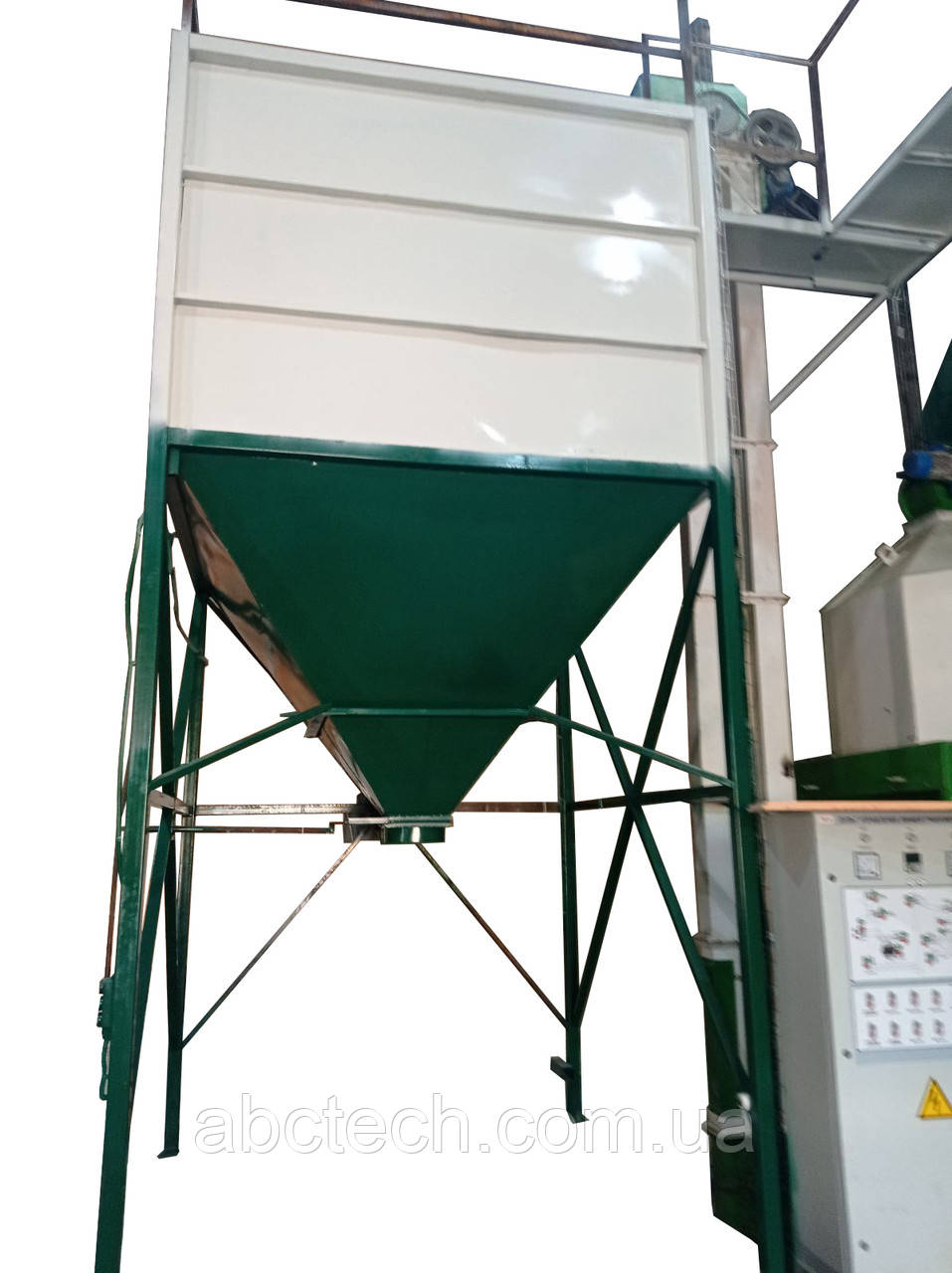 Накопичувальний бункер для вагового дозатора 3 - 5 кубметра Проміжний бункер