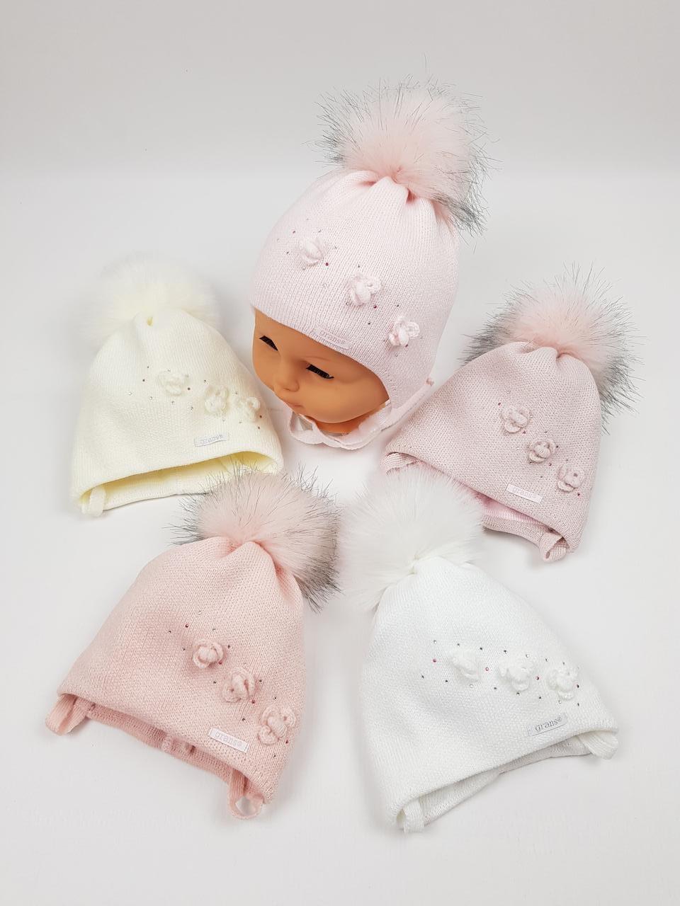 Детские польские зимние вязаные шапки на флисе с завязками и помпоном оптом для девочек, р.36-38, Grans