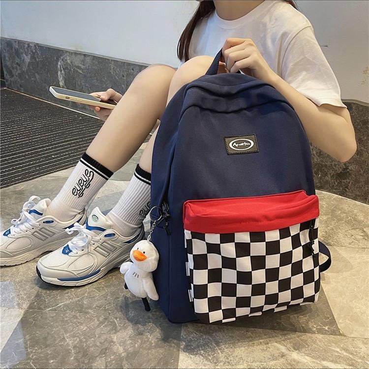 Рюкзак с карманом в клетку