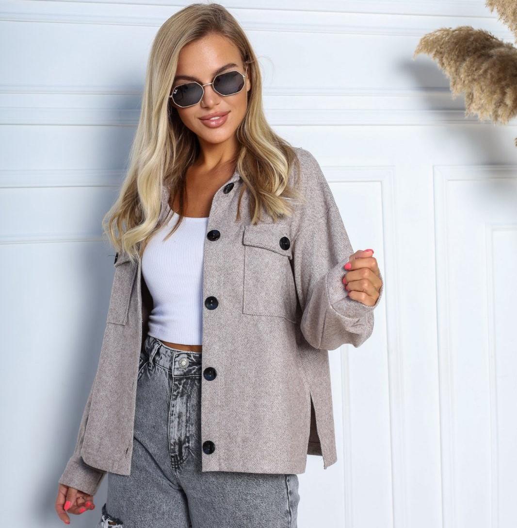 Жіноче кашемірове пальто-сорочка на ґудзиках