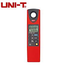 Цифровой люксметр UNI-T UT382 (0-20000 Lux) Память (2044 замера), ПО