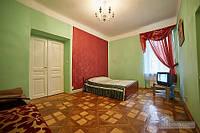 Квартира в центре на площади Рынок, 2х-комнатная (35647)