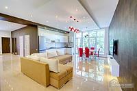 Новый частный дом в центре, 4х-комнатная (66667)