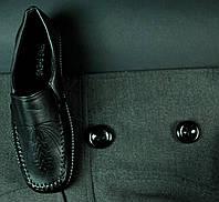 Черные женские туфельки