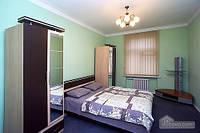 Апартаменты в центре, 3х-комнатная (88373)