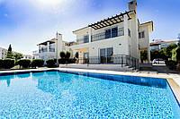 Двухэтажная вилла с бассейном на Северном Кипре