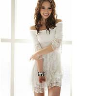 Белое летнее платье с шелковой ткани с кружевами