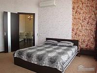 Прекрасная квартира в центре Днепропетровска, 3х-комнатная (38537)