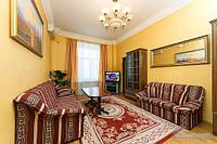 Красивая квартира на Крещатике, 3х-комнатная (69827)