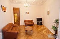 Прекрасная квартира в центре столицы, 2х-комнатная (76339)