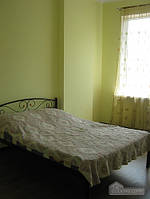 Квартира в центре, 2х-комнатная (33910)