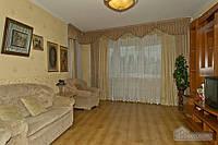 Квартира в новом доме возле метро Дарница, 3х-комнатная (80182)