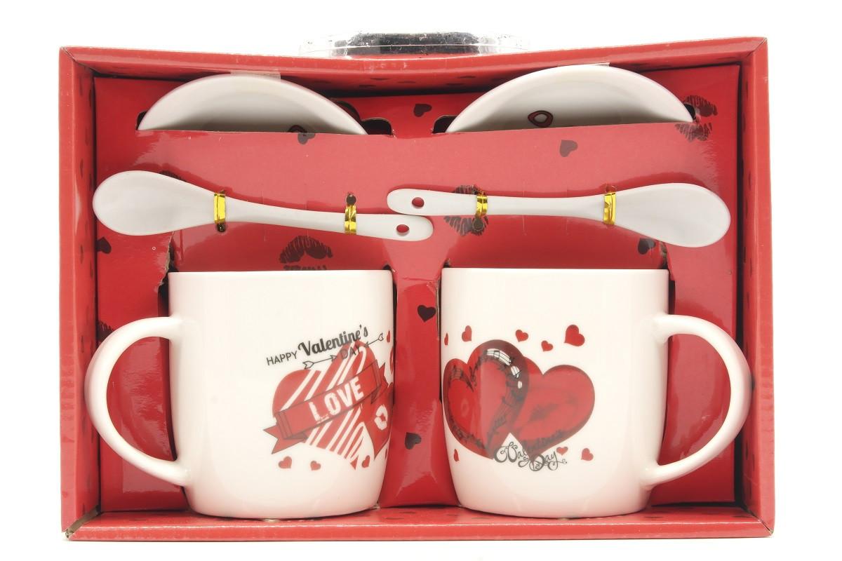 Набор керамических чашек в красивой подарочной коробке