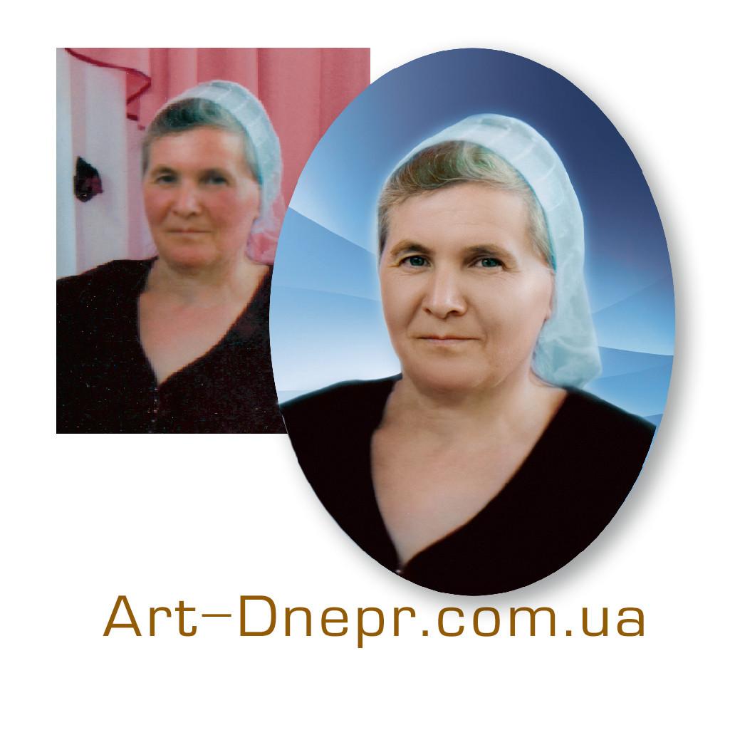 Портретний овал з фото 300х400 мм